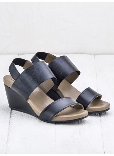 Elle Sandalet Siyah